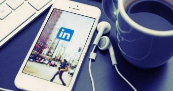 Is LinkedIn useful for graduates?