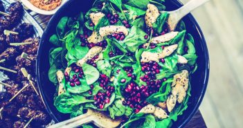 healthy lunch ideas for work salad close up